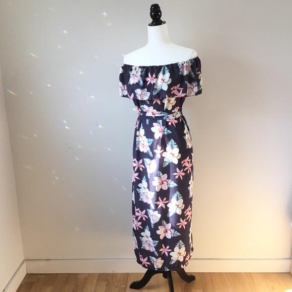 Lightweight floral off the shoulder maxi dress